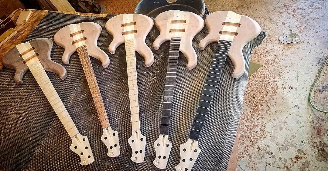 """Muckelroy Bass """"HMC Pro Player"""" Front"""